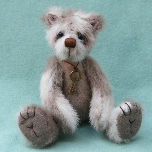 miniature artist bear