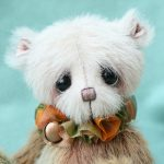 small artist bear by pipkins bears