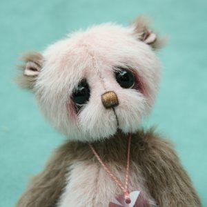 Small artist teddy bear | Chi chi