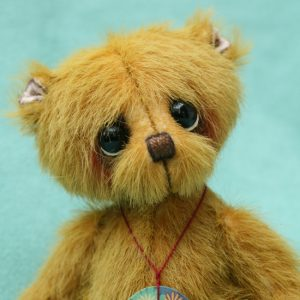 Small artist teddy bear | Cooper