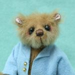 Miniature artist bear | sherman