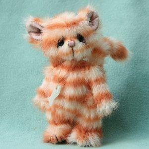 pipkins artist bear - Nemo kitten 1a