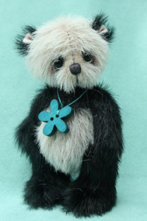 Miniature artist bear | Derek