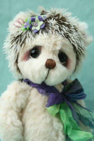Artist bear friend   Flower the Hedgehog