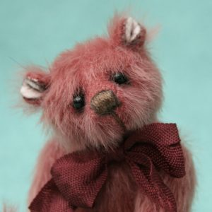 Miniature artist bear | Mini Merlot