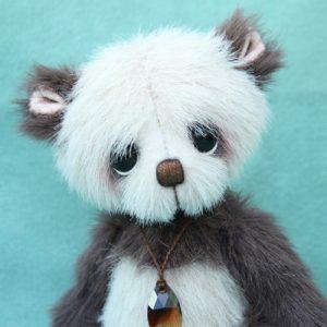 Small artist bear | Chocolate drop