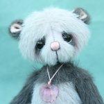 Small Artist teddy bear | Graye