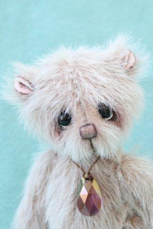 Miniature artist bear | Pendleton