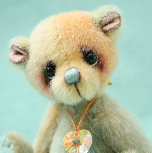 Miniature Artist Bear | Cove