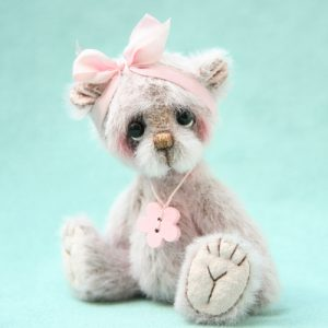 Miniature Artist Bear | Candy