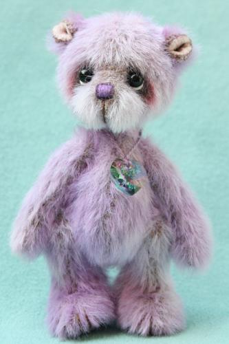 Miniature Artist Bear | Magic v2