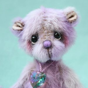 Miniature Artist Bear | Magic v1