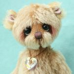 Mohair artist teddy bear by Jane Mogford of Pipkins bears