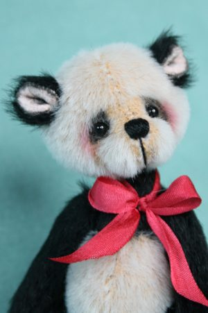 pipkins bears - miniature artist bear