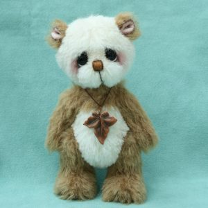 artist bear panda by Pipkins bears