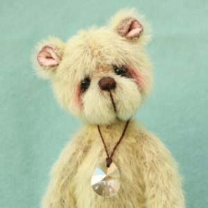 Pipkins miniature bear