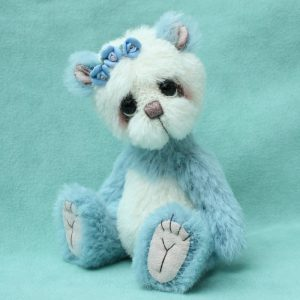 artist bear panda by Pipkins bears