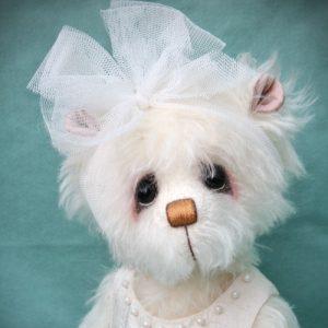 Artist teddy bear winter theme by Pipkins Bears