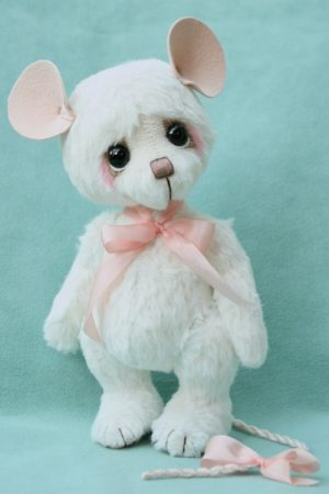 Artist teddy bear mouse friend created by Jane Mogford of Pipkins Bears