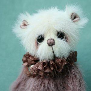 Artist teddy bear created by Jane Mogford of Pipkins Bears