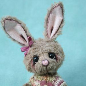 miniature bunny Artist teddy bear created by Jane Mogford of Pipkins Bears