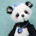 Shuǐ artist panda by Pipkins Bears