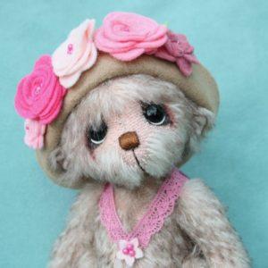 Melissa - mohair artist bear