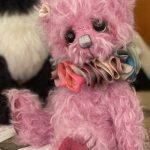 artist bear created by Jane Mogford of Pipkins Bears