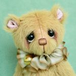 Toffee , small artist bear by Jane Mogford of Pipkins Bears