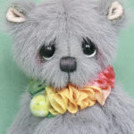 Matthew , small artist bear , created by Jane Mogford of Pipkins bears